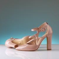 NUDE GLOSSY HIGH HEEL SHOES